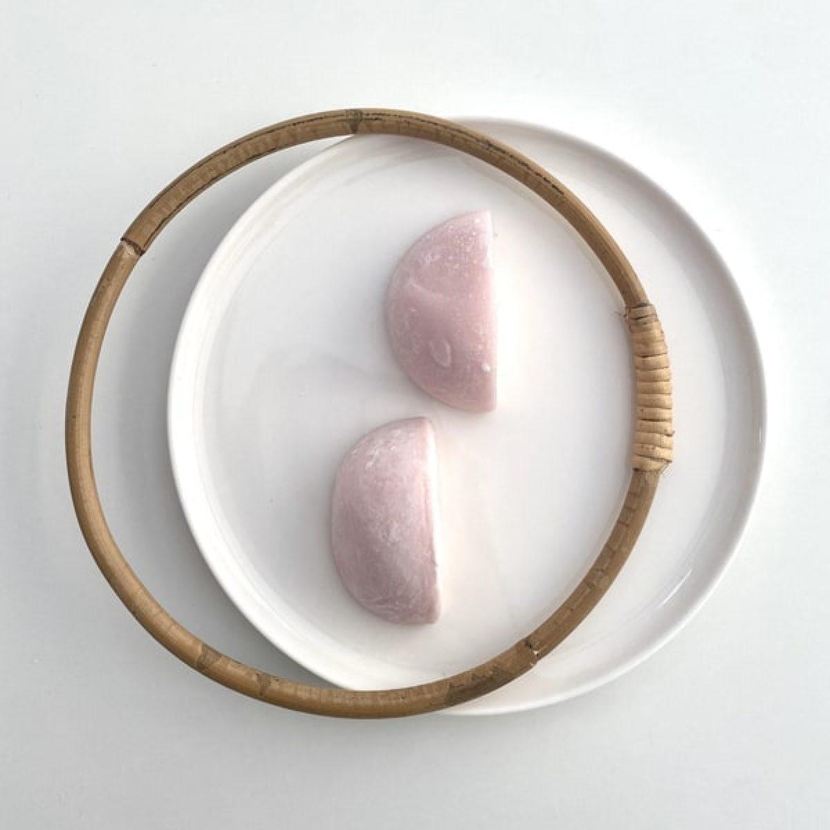 mochi-glace_fleurs-de-ceriser-sakura-min
